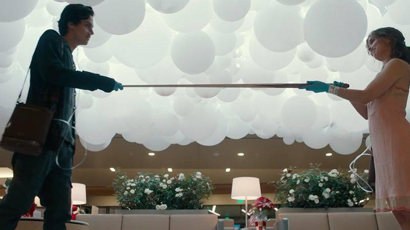 Review phim Five Feet Apart - Tình yêu trong nghịch cảnh