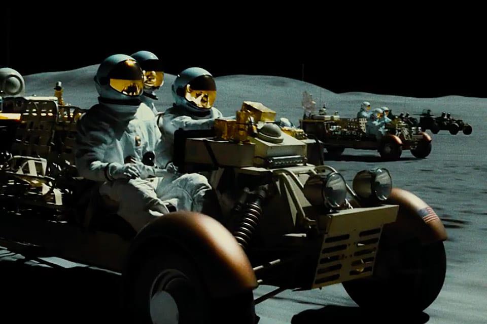 Review phim Ad Astra – Không thể hối hả khi ngước nhìn những vì sao