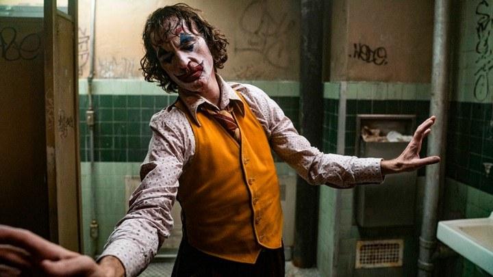 Review phim Joker gã hề đáng thương, nhưng cũng đáng sợ